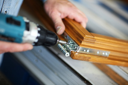 montagen reparaturen fenstereinbau t renmontagen ladenbau schreinerarbeiten fenster. Black Bedroom Furniture Sets. Home Design Ideas